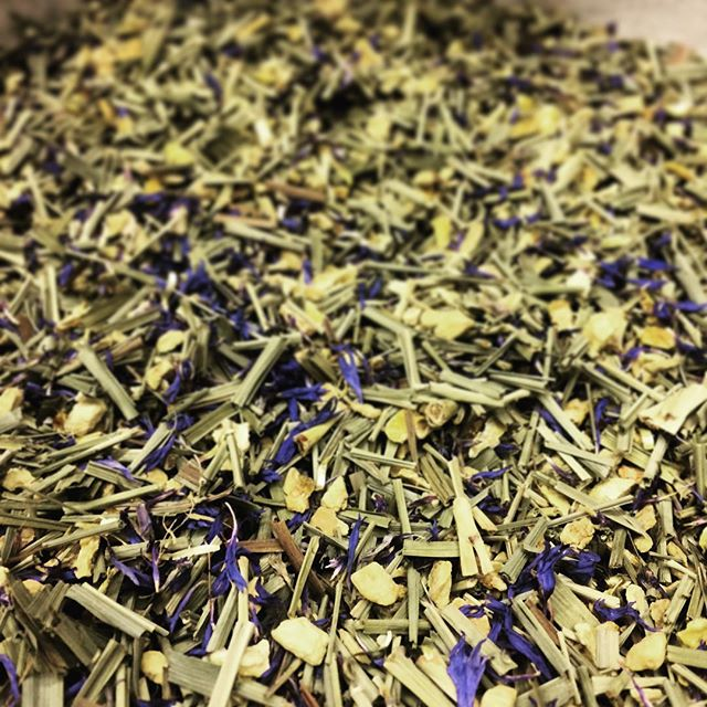 Late night blending session. Our blend of lemongrass, lemon peel, ginger and cornflower petals in tribute to the beautiful Yorkshire Coast; lush greenery, sun, sand and sea ️ #yorkshire #coast #sheffield #handblendedtea #trueartisan #acceptnothingless #looseleaftea